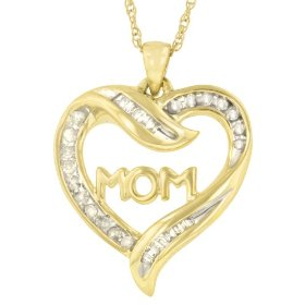 "18k Gold Overlay Sterling Silver Diamond ""Mom"" Heart Pendant (.25 cttw)"